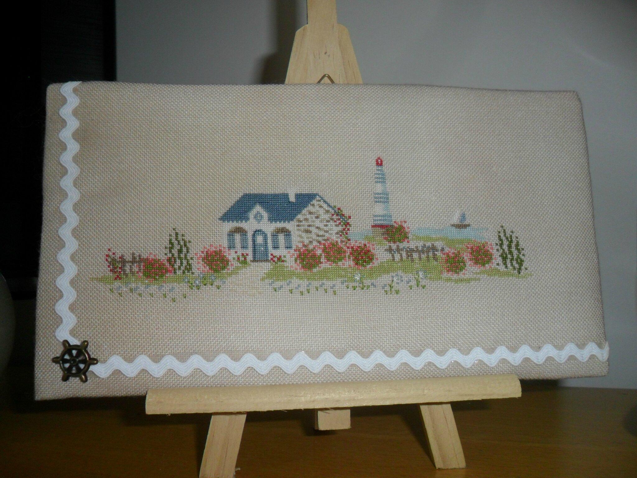 Maison bretonne Une croix le temps d'un thé