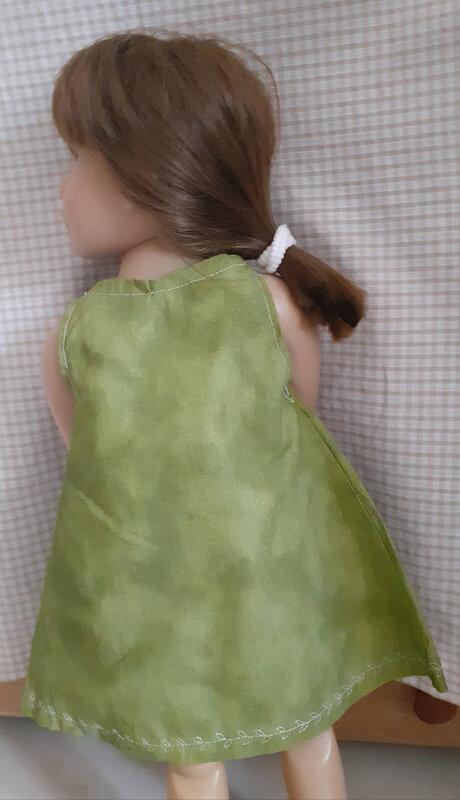 robe seule de dos fb fdc