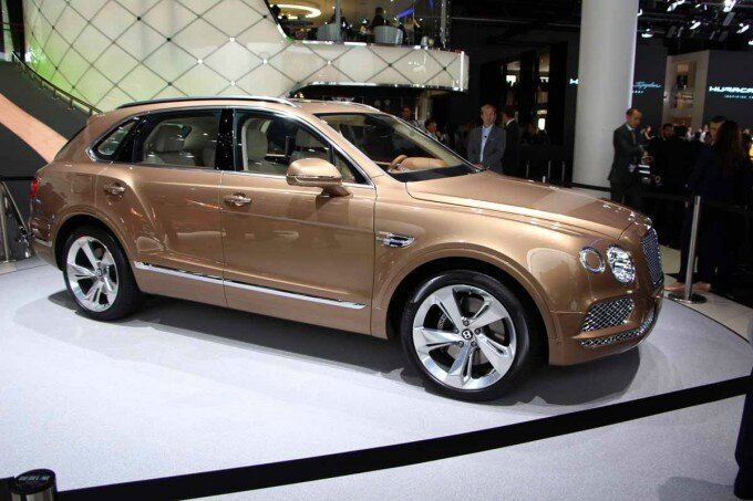 bentley-bentayga-18-680x453