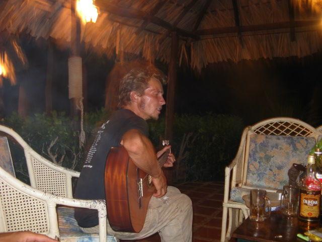 Arnaud chante Brassens