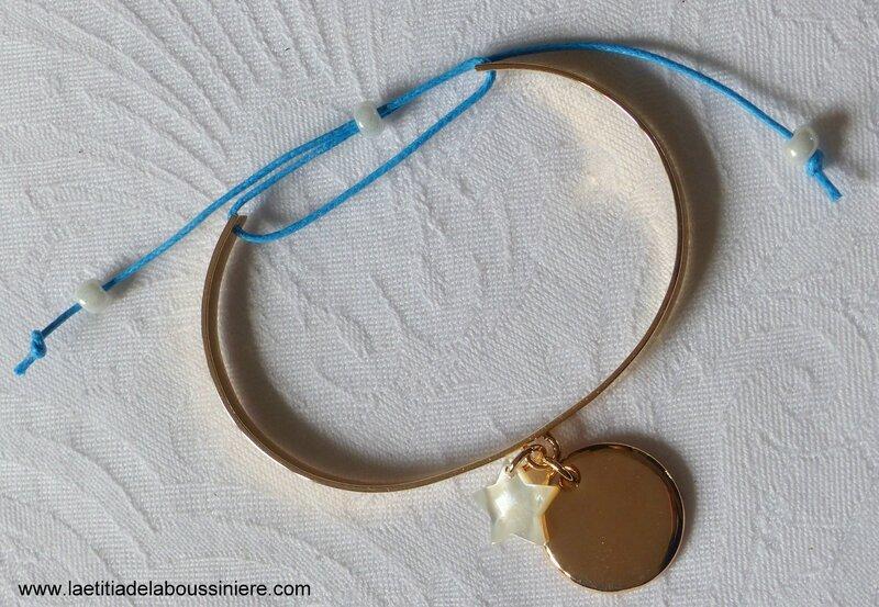 Demi jonc Love my children (médaille en plaqué or et étoile en nacre, cordon turquoise clair) - 69 €