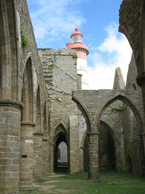 Pointe Saint-Mathieu, abbaye et lanterne (29)