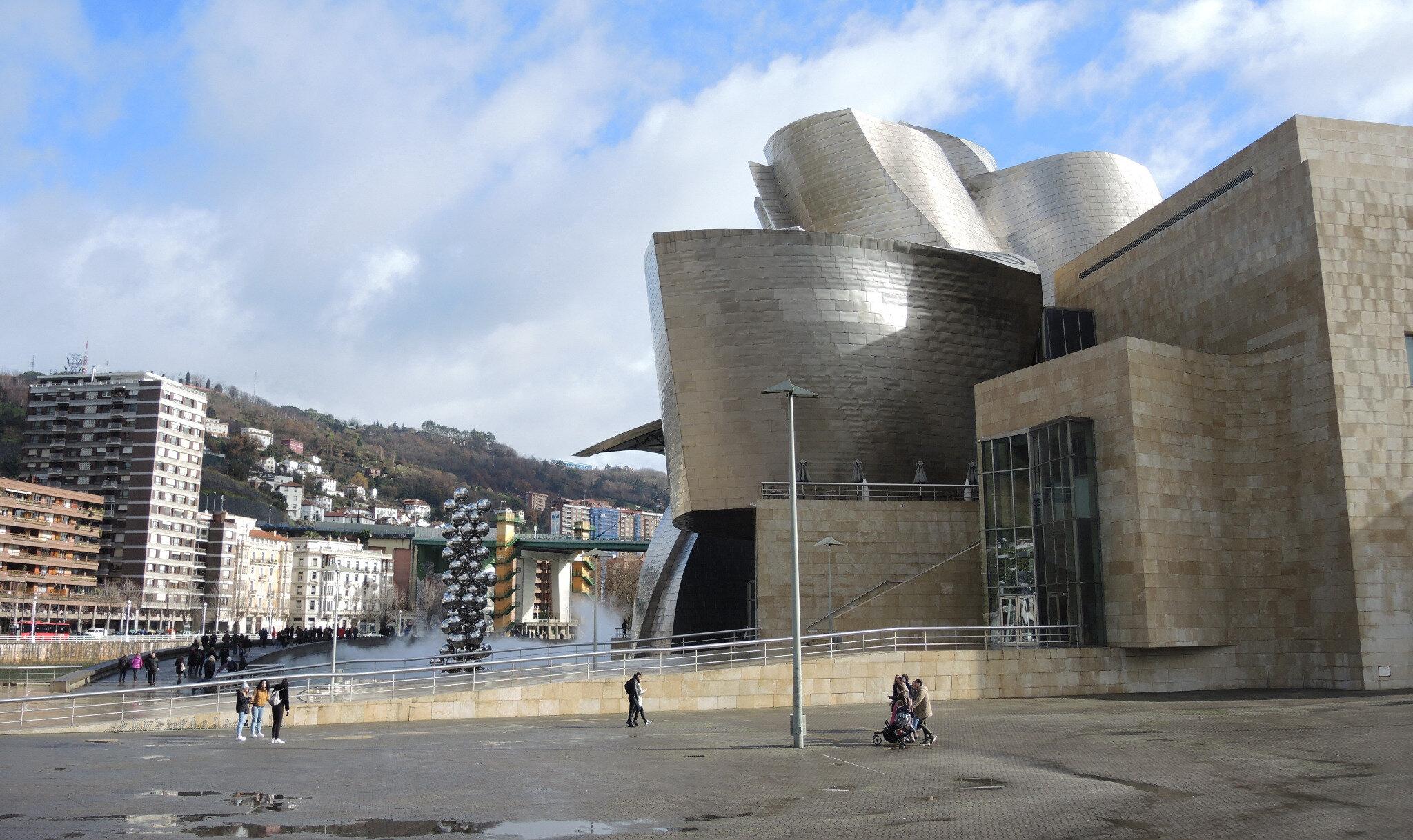 Bilbao, musée Guggenheim et Grand arbre et l'oeil