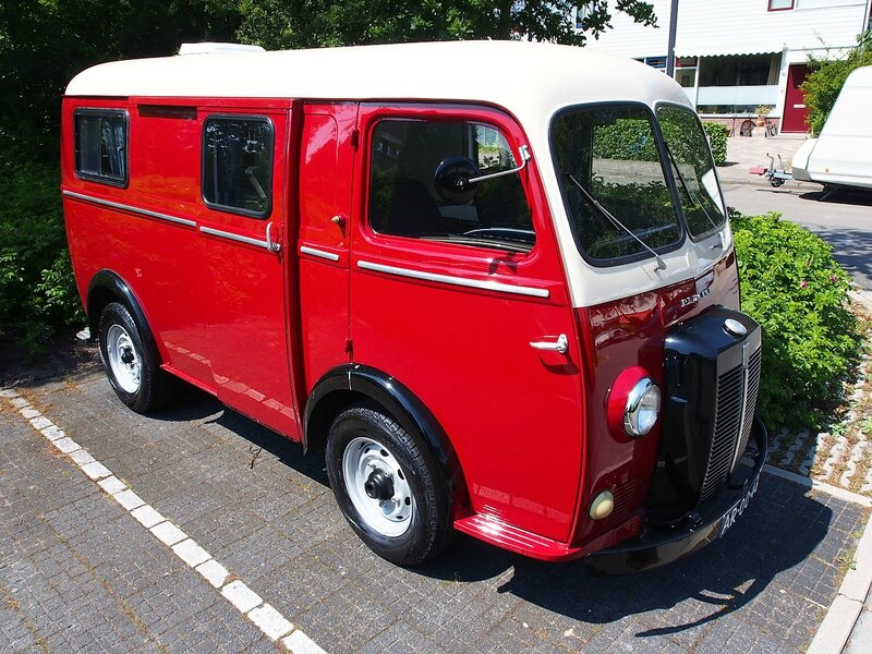 1280px-Peugeot_D4A_photographed_in_Schoorl_pic-003