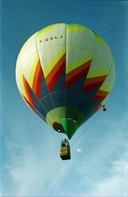P 94 07 Montgolfières à Sablé le 26 juin 1994 + 40 ans de Jean-Paul le 1er juillet 01