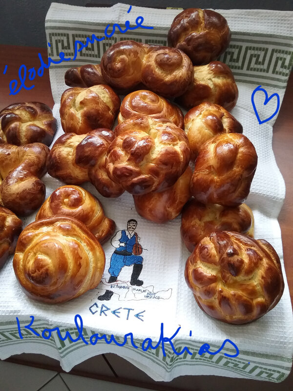 KOULOURAKIAS, BRIOCHES GRECQUES 020