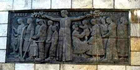 Bas relief St Anne d Auray