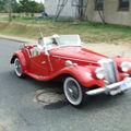 la ronde des voitures ancienne dans mon village