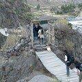 Pont d'accès aux sources chaudes