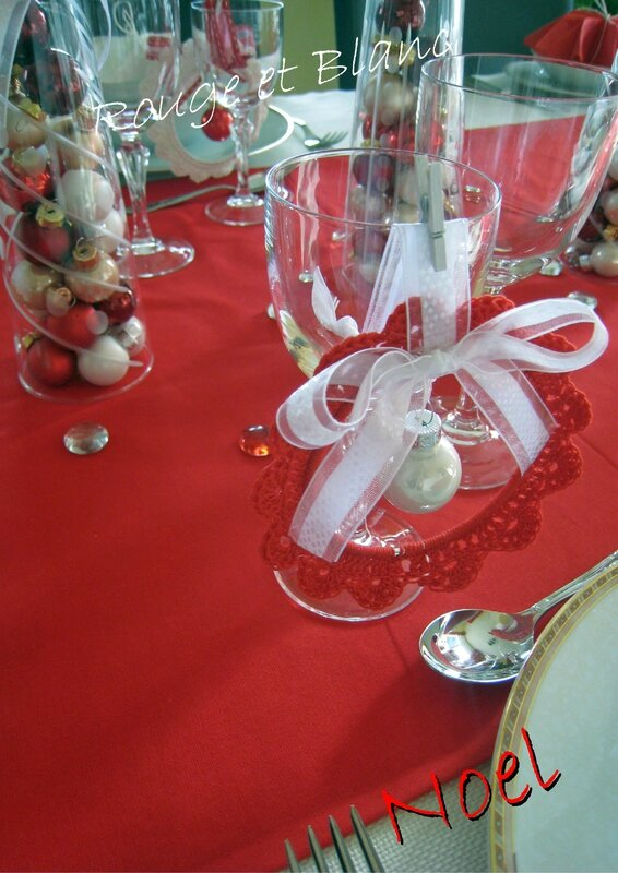 table rouge et blanc2