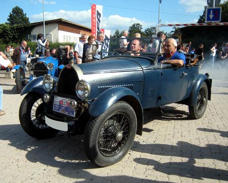 Bugatti_T40_roadster__Festival_Centenaire_Bugatti__01