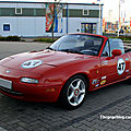 Mazda MX-5 type NA roadster (rencard Burger King avril 2011) 01