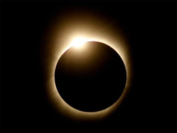 eclipse-solaire-totale-1