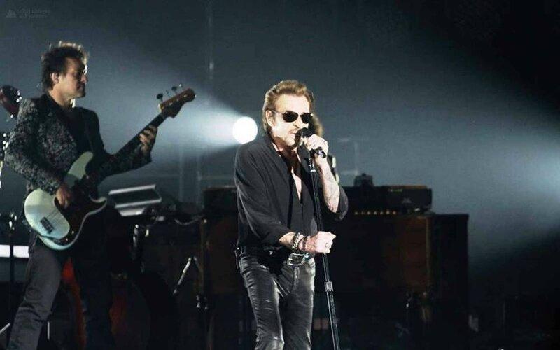 le 16 mars 71 concert Rester Vivant Tour de Pau (2)