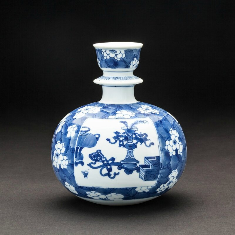 Chinese blue and white huqqa base made for the Indian market, China, Kangxi period (1662-1722)