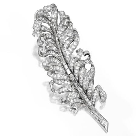 Platinum_and_Diamond_Feather_Brooch__Circa_1940a