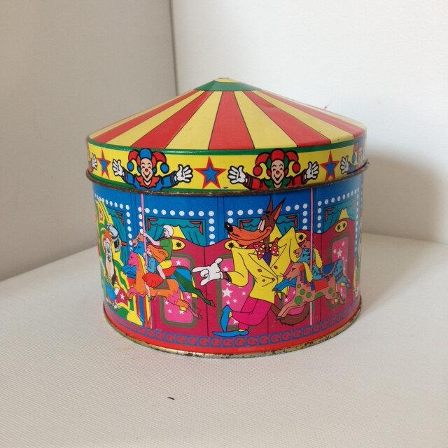 boite à bonbon métal cirque