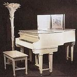 MM_PERSONAL_STUFF_PIANO_1999_CHRISTIES_1