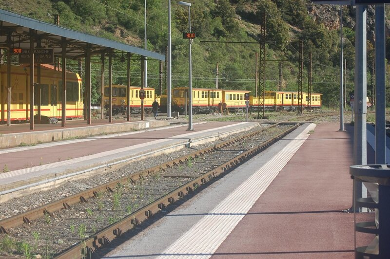 0367 Train Jaune 17 mai 2015 Denis