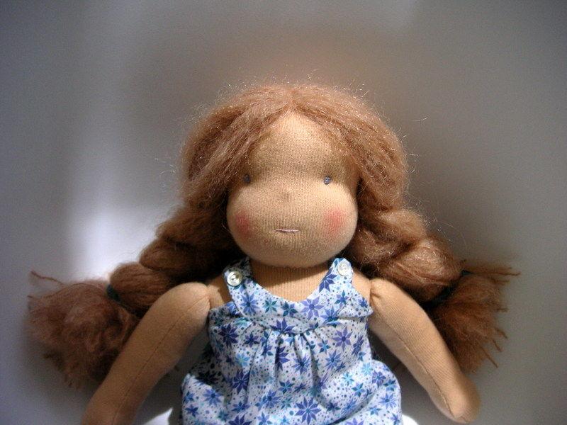 Petite poupée 008
