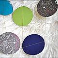 :: pluie de confettis géants...