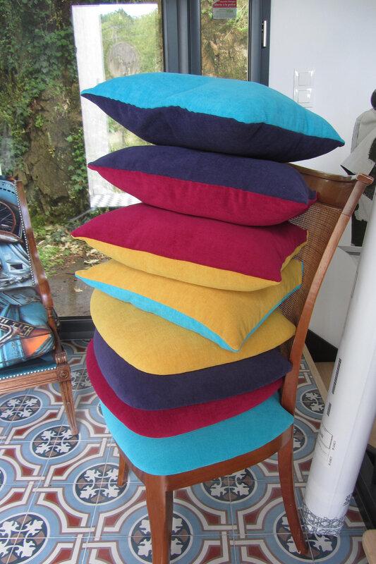 coussins bicolores