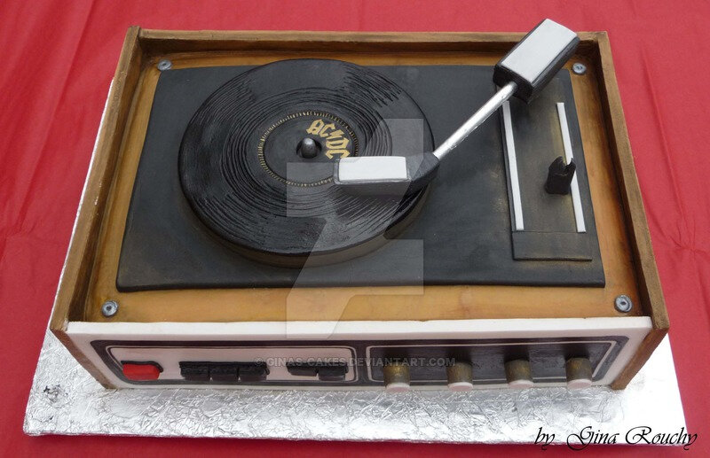 record_player_cake_by_ginas_cakes-d46ezzv