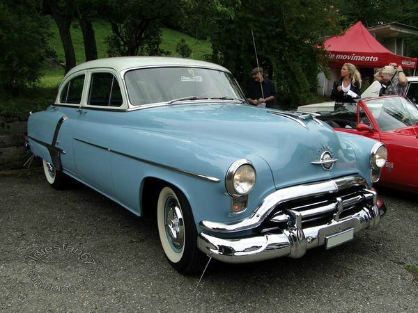 oldsmobile super 88 4door sedan 1952 3