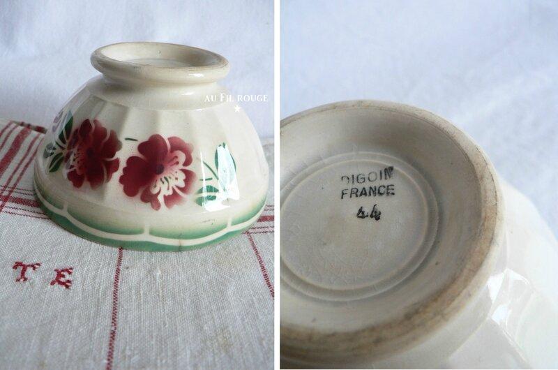 Bol 44 fleur rouge et verte 10,5 cm bol + etampille