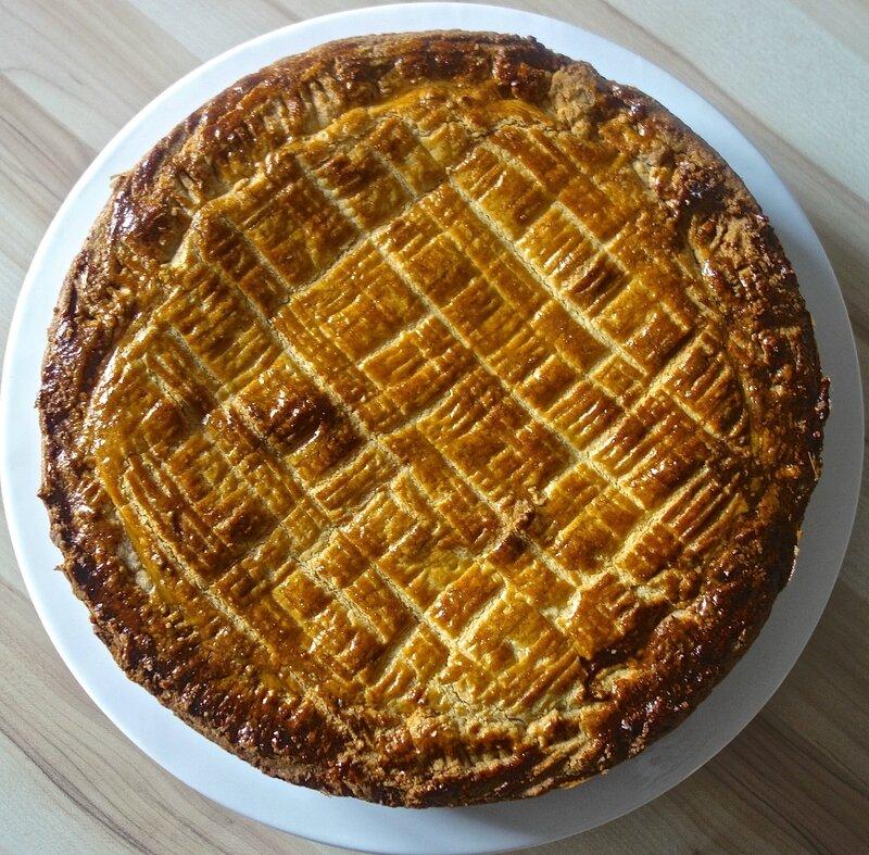 gâteau basque à la crème de pruneaux