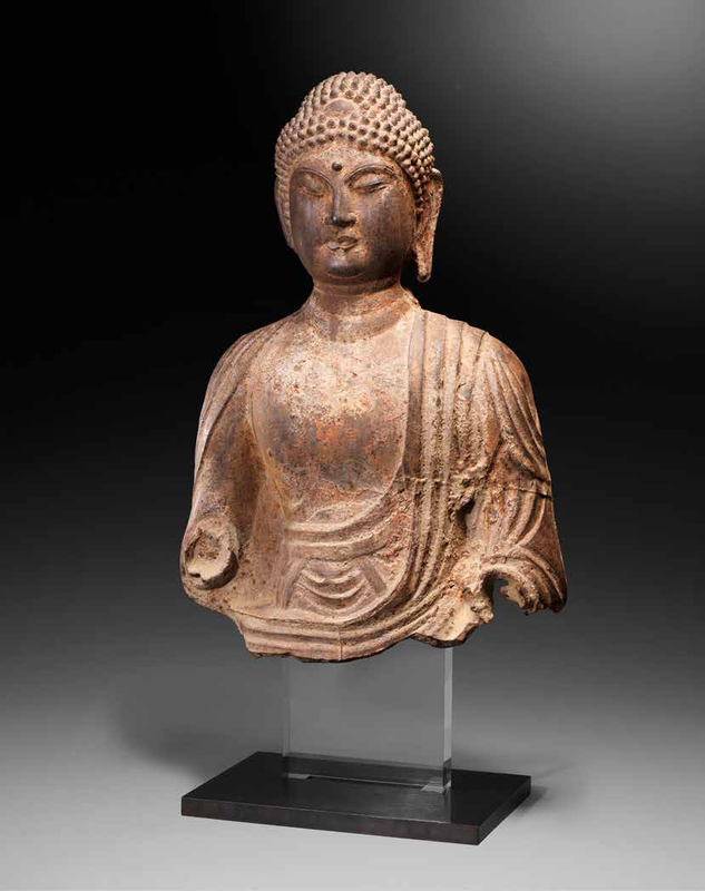 A rare large iron bust of the Buddha, Tang Dynasty (618-907)