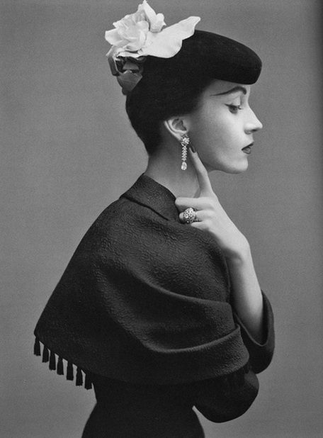 Dovima by Richard Avedon, October 1950, Balenciaga couture