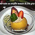 Pomme cuite au sirop et mousse de foie gras