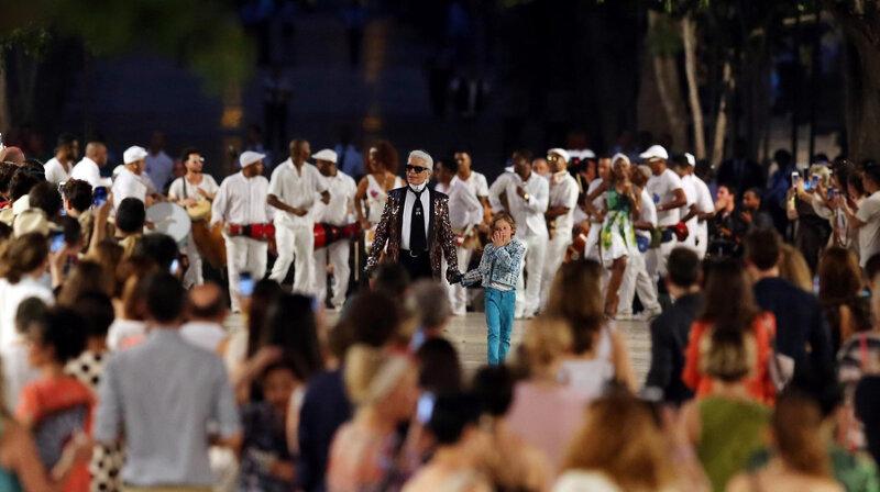 Défilé inédit à Cuba