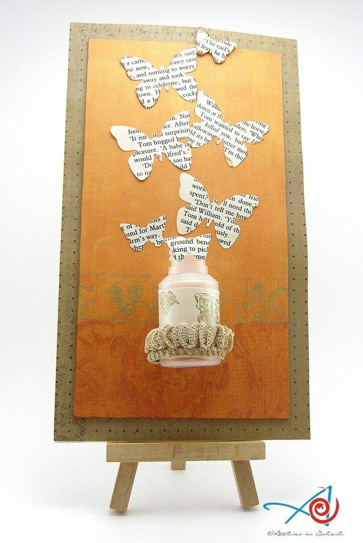 Carte d'anniversaire avec un mini-flacon