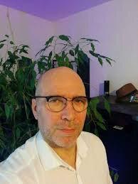Fabrice L. (51 ans, cadre dans le secteur bancaire à Auxerres) :