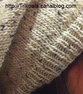 zoom sur le bérêt porté par Melcouettes, tricoté par Trikoala