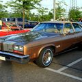 Oldsmobile cutlass salon colonnade 4door sedan de 1976 (Rencard du Burger King mai 2011) 01