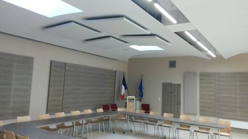 PANNEAUX ACOUSTIQUES ISOPHONIC STD MAIRIE DE ROCHETAILLEE