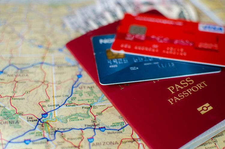 assurance-voyage-et-carte-bancaire