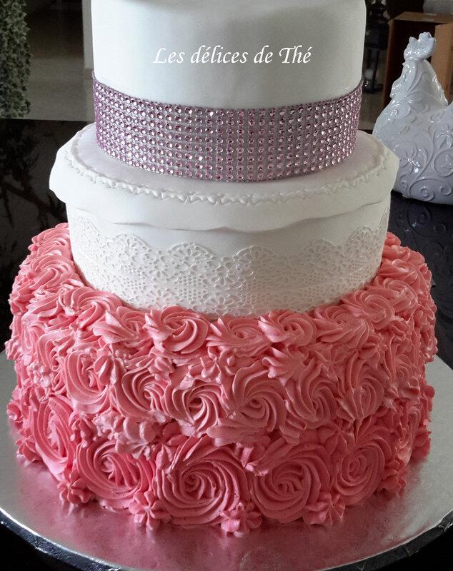 Wedding cake curd fraise framboise choco blanc génoise 24 08 18 (32) - Copie