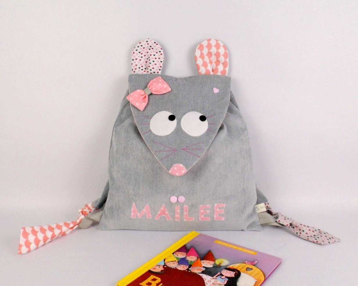 Sac maternelle prénom cartable souris personnalisable gris rose blanc coeur liberty toddler backpack mouse grey pink personalized name Maïlee