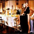 calendrier_pirelli-2001-carmen_kass-by_mario_testino-1