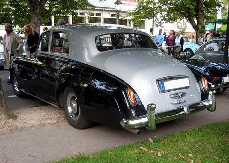 Rolls_Royce_silver_cloud_II_de_1960_03
