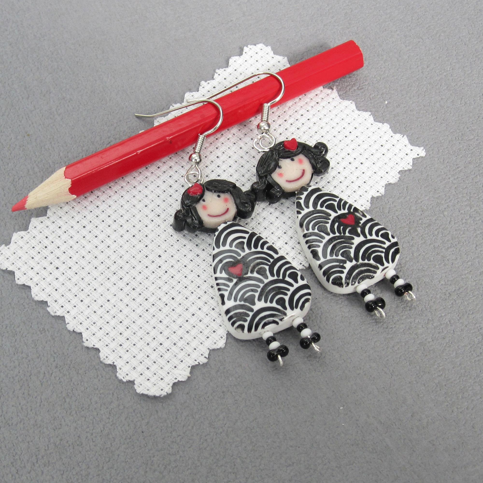 Boucles poupées eventails japonais noir /blanc Clafoutine