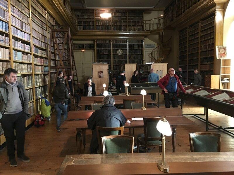 tournage série TV les Témoins Avranches 19 mars 2016 le fonds ancien hotel de ville mairie