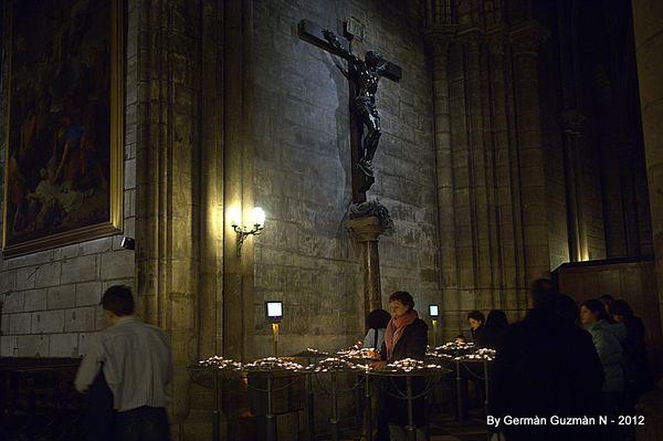 Notre Dame 850 066
