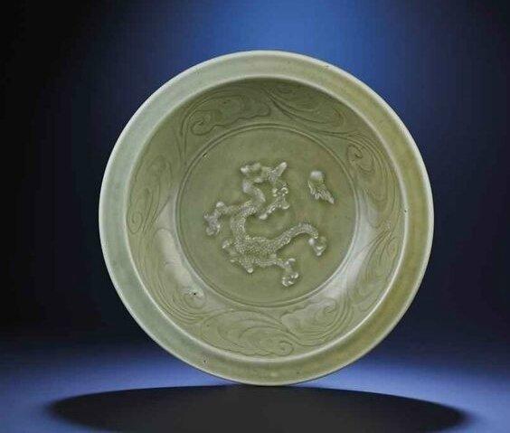 A Longquan celadon 'Dragon' dish, Yuan dynasty (1279-1368)