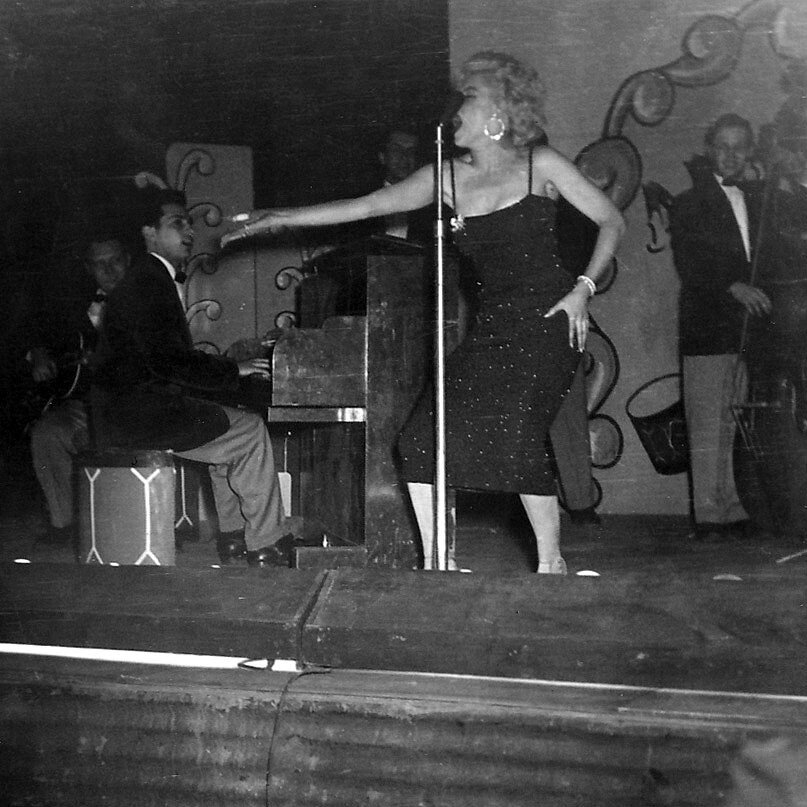 1954-02-19-korea_daegu-inside-stage-016-4