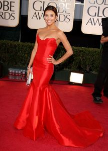 eva_longoria_arrives_at_the_66th_annual_golden_globe_awards_02_122_1169lo1